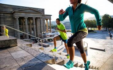 Fördelarna med att lägga till löpning på asfalt i din träningsplan för terränglöpning